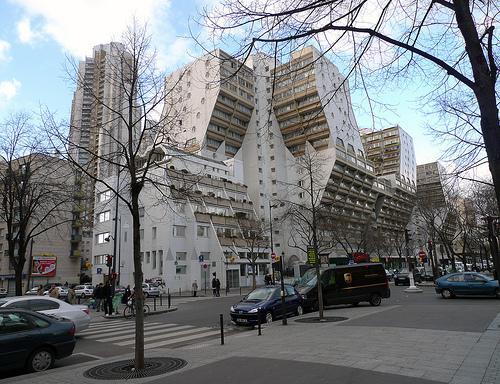 Avenue de flandre century 21 flandre crim e agence immobili re paris - Architecture des annees 80 ...